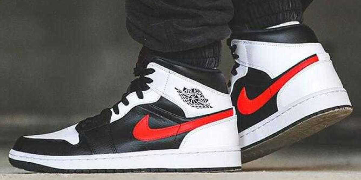 Use Coupons to Buy 20% Off Air Jordan 1 Mid Black Chile Red White